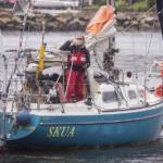 Hombre cruza el atlántico en su velero, para reunirse con su familia.