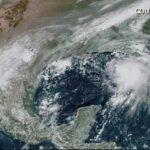 5 Ciclones navegan en el atlántico al mismo tiempo