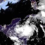 La tormenta tropical Zeta ya es huracán categoría 1.
