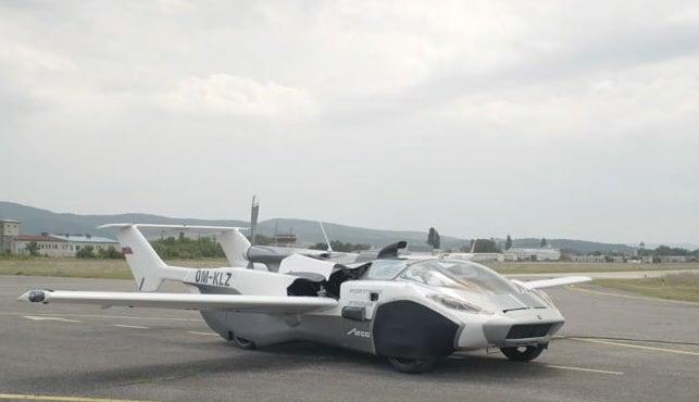 AirCar: el auto que puede transformarse en avión es la última generación de vehículos voladores desarrollados por la empresa KleinVision.