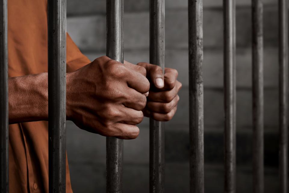 Australia te puede multar y arrestar si vienes de la India.